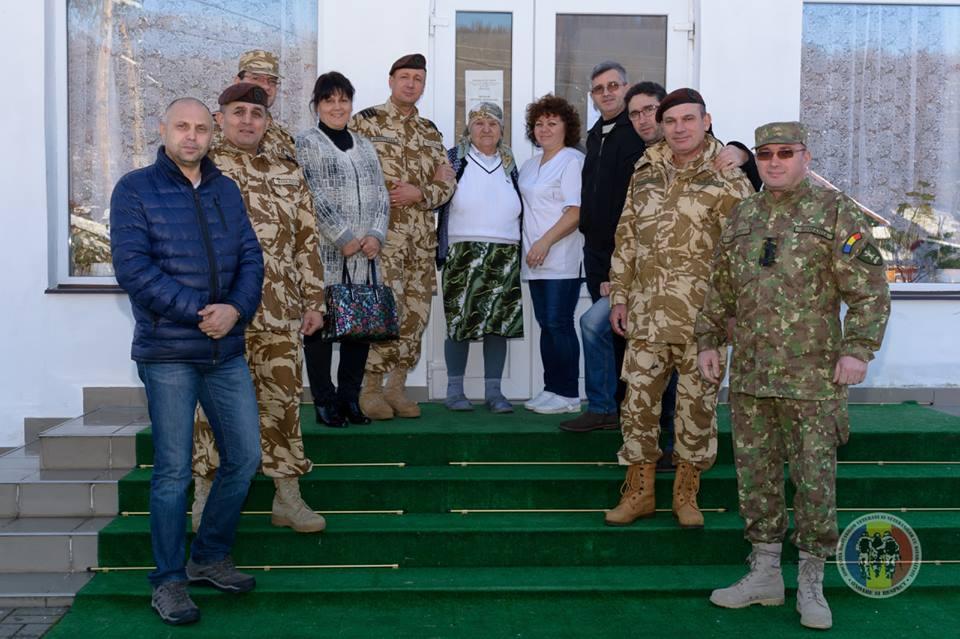 """AMVVD – Sucursala Râmnicu Vâlcea au fost spiridușii lui Moș Crăciun pentru bunicii de la """"Serviciul Social cu Găzduire Permanentă"""""""